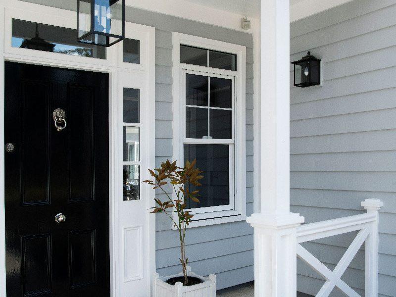 Hamptons-front-doors-black